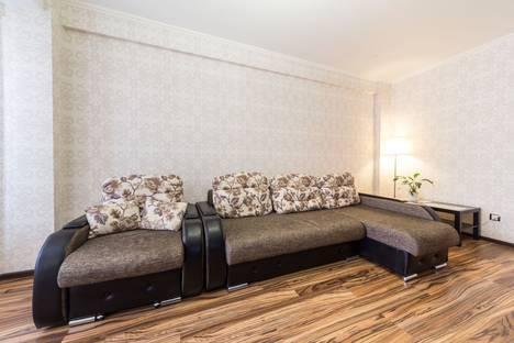 Сдается 1-комнатная квартира посуточнов Екатеринбурге, Кузнечная, 79.