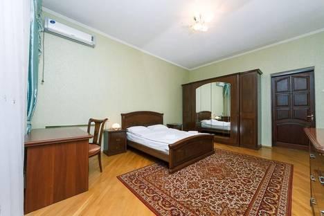 Сдается 3-комнатная квартира посуточнов Броварах, Большая Васильковская ул., 2.
