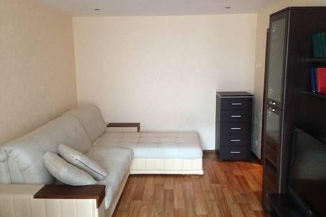 Сдается 2-комнатная квартира посуточно, ул. Ким-ю-Чена, 45а.