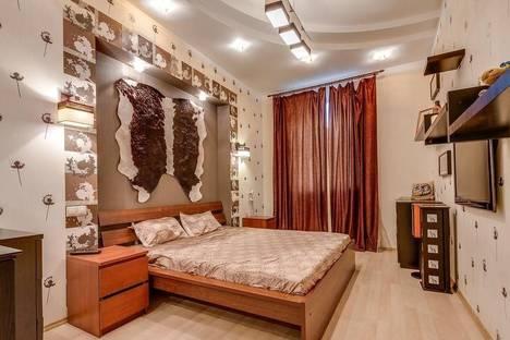 Сдается 3-комнатная квартира посуточнов Санкт-Петербурге, Фурштатская, 35.
