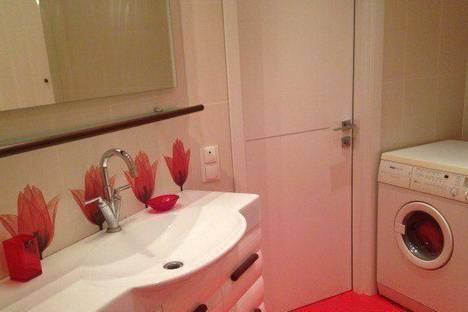 Сдается 1-комнатная квартира посуточнов Казани, Сибгата Хакима 43.