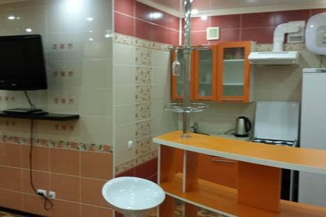 Сдается 1-комнатная квартира посуточно в Ярославле, ул. Большая Октябрьская 86.