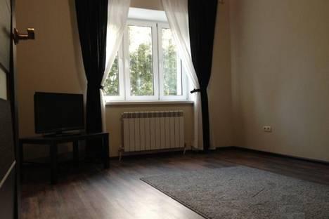 Сдается 1-комнатная квартира посуточно в Калуге, Солнечный бульвар 4, корпус 2.