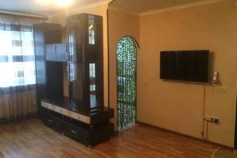 Сдается 2-комнатная квартира посуточно в Выксе, Чкалова, 5.