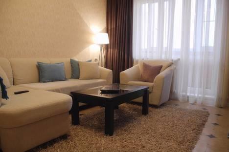 Сдается 3-комнатная квартира посуточно в Рязани, ул. Шевченко, 30.