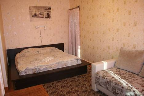 Сдается 1-комнатная квартира посуточно в Южноуральске, Мира, 35.