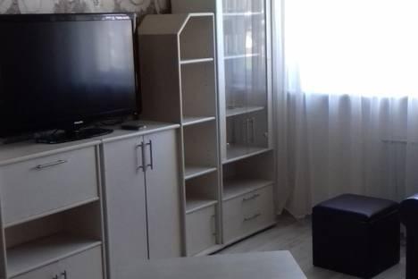 Сдается 2-комнатная квартира посуточнов Екатеринбурге, ул. Походная, 63.