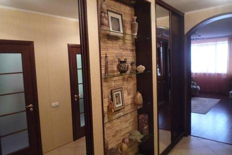 Сдается 2-комнатная квартира посуточно в Ижевске, ул. Пушкинская, 164.