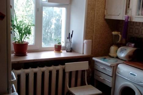 Сдается 2-комнатная квартира посуточнов Ленске, Победы 8.