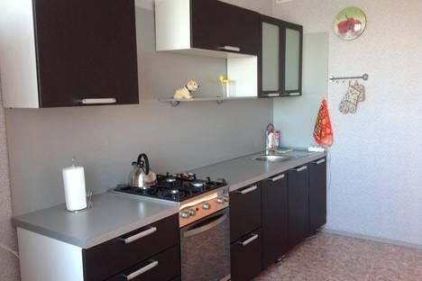 Сдается 1-комнатная квартира посуточно в Великом Новгороде, Завокзальная ,8.
