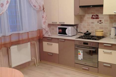 Сдается 1-комнатная квартира посуточнов Великом Новгороде, Речная,2.
