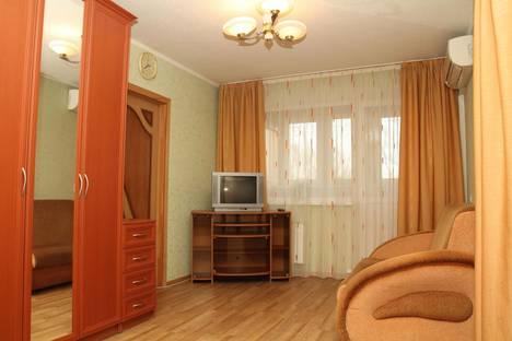 Сдается 1-комнатная квартира посуточнов Самаре, Пр. Кирова 214.