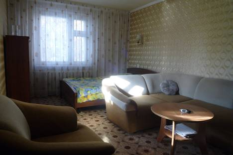 Сдается 1-комнатная квартира посуточно в Набережных Челнах, бр Строителей 5.