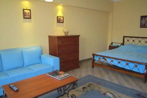 Сдается 1-комнатная квартира посуточно в Алматы, Желтоксан 129.