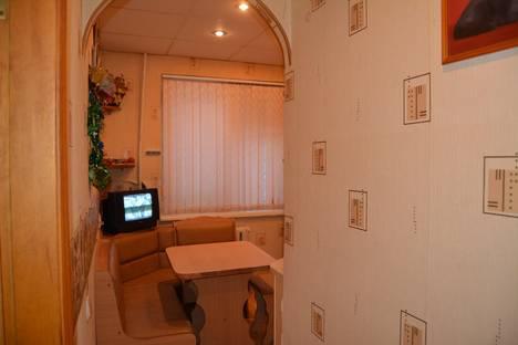 Сдается 3-комнатная квартира посуточно, Станционная ул., 7.