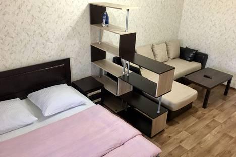 Сдается 1-комнатная квартира посуточно в Череповце, ул. Любецкая, 3.