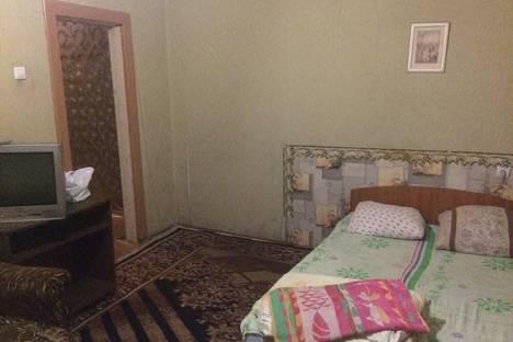 Сдается 2-комнатная квартира посуточно в Нижнем Новгороде, ул. Берёзовская, 22.