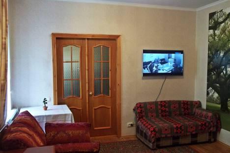 Сдается 3-комнатная квартира посуточно в Кисловодске, ул. Софьи Перовской, 3.