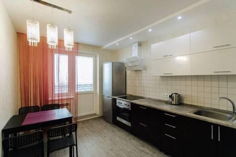 Сдается 1-комнатная квартира посуточно в Чебоксарах, радужная 14.