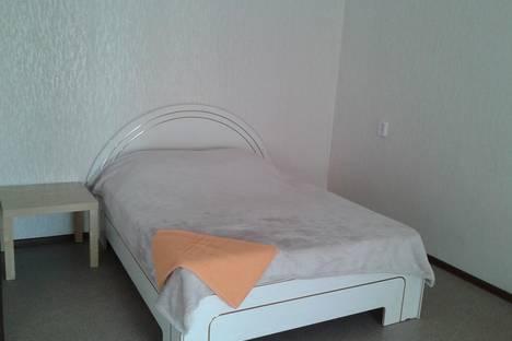 Сдается 1-комнатная квартира посуточнов Первоуральске, ул. Комсомольская, 5.