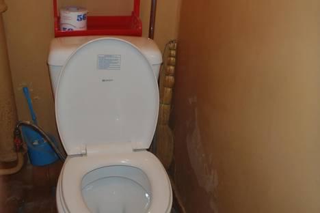 Сдается 3-комнатная квартира посуточно в Кировске, олимпийская 85.