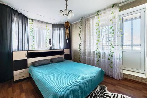 Сдается 1-комнатная квартира посуточнов Санкт-Петербурге, ул. Фёдора Абрамова, 8.