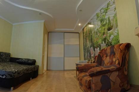 Сдается 1-комнатная квартира посуточнов Казани, проспект Ямашева 79.