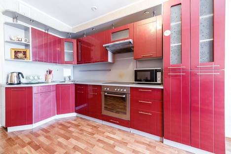 Сдается 1-комнатная квартира посуточно в Екатеринбурге, Кузнечная, 81.