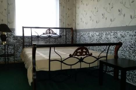 Сдается 3-комнатная квартира посуточнов Кстове, Московское шоссе, 13.