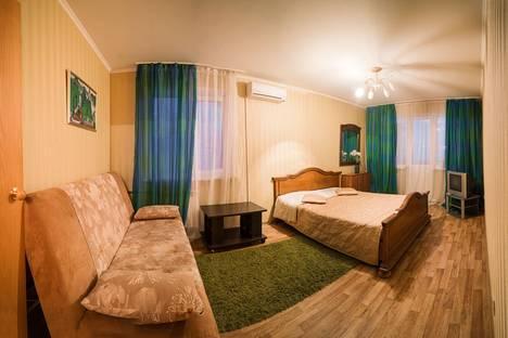 Сдается 2-комнатная квартира посуточно в Самаре, ул. Михаила Сорокина, 5.