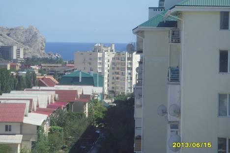 Сдается 2-комнатная квартира посуточно, Айвазовского,27.