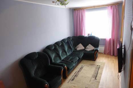 Сдается 2-комнатная квартира посуточнов Качканаре, 9 мкр. д. 13.