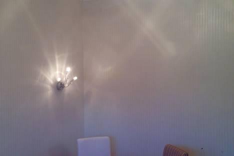 Сдается 1-комнатная квартира посуточнов Якутске, ул. Ломоносова, 29.