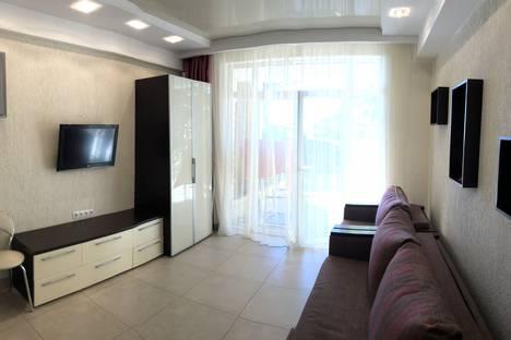 Сдается 1-комнатная квартира посуточно в Гаспре, Маратовская 69.