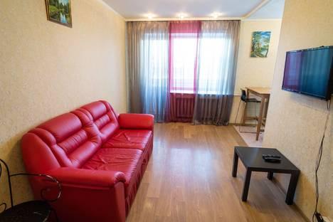 Сдается 2-комнатная квартира посуточнов Перми, Комсомольский проспект, 33.