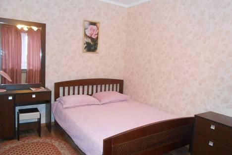 Сдается 2-комнатная квартира посуточно в Пятигорске, Соборная 15.