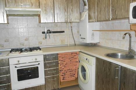 Сдается 3-комнатная квартира посуточно в Пятигорске, Теплосерная 21.