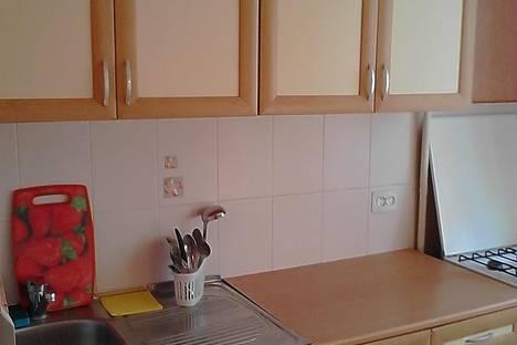 Сдается 2-комнатная квартира посуточно в Орске, Нефтяников 2а.