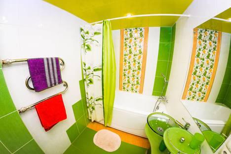 Сдается 1-комнатная квартира посуточно в Воронеже, ул. Антонова-Овсеенко, 29.