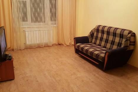 Сдается 1-комнатная квартира посуточнов Якутске, ул. Петра Алексеева, 11.