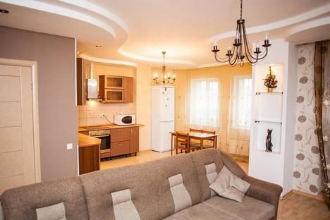 Сдается 2-комнатная квартира посуточно в Новосибирске, ул. Овражная, 5.