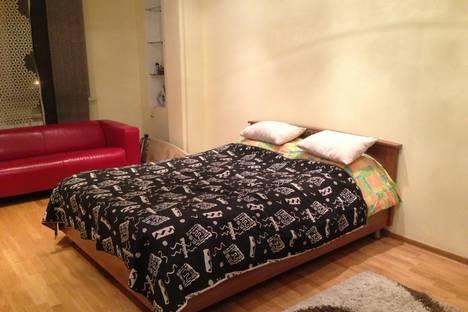 Сдается 1-комнатная квартира посуточно в Алматы, Розыбакиева, 281.
