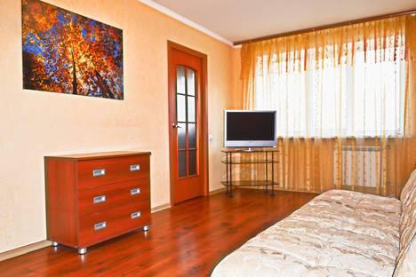 Сдается 2-комнатная квартира посуточно, Победы 62.
