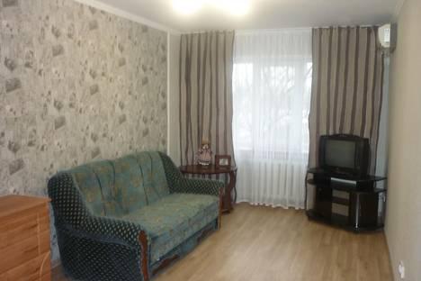 Сдается 2-комнатная квартира посуточно, Мичурина 2.