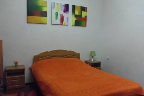 Сдается 2-комнатная квартира посуточно в Керчи, Петра Алексеева 10.