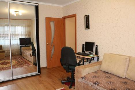 Сдается 1-комнатная квартира посуточнов Керчи, ул.Льва Толстого 64/16.