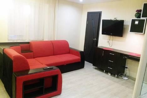 Сдается 1-комнатная квартира посуточно в Серове, ул. Победы, 19.