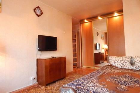 Сдается 1-комнатная квартира посуточно в Борисове, Люси Чаловской, 29.