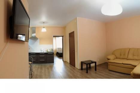 Сдается 2-комнатная квартира посуточно в Кирове, Красноармейская 3а.