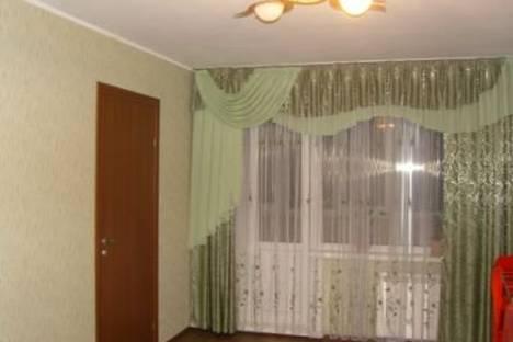 Сдается 4-комнатная квартира посуточно в Барнауле, ул. Попова, 34.